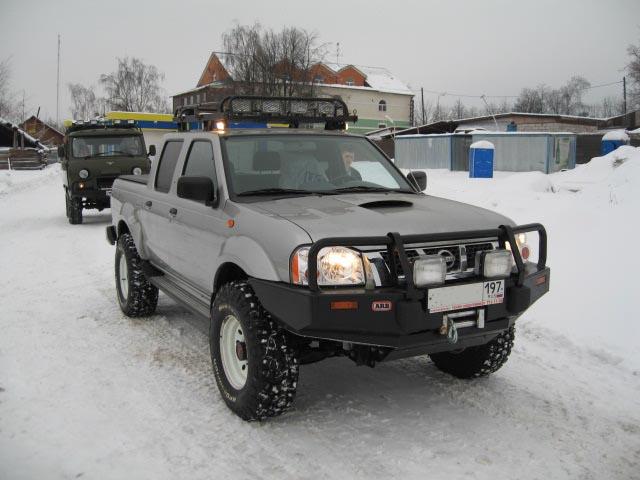 ниссан мп 300